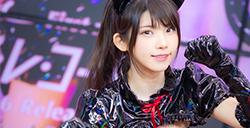 可爱又性感的coser,肉感美女Enako变身黑猫