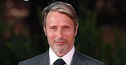 麦子叔麦斯·米科尔森确认出演《夺宝奇兵5》,与哈里森·福特同台飙戏
