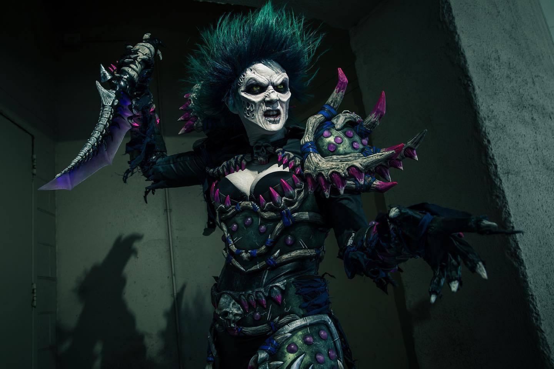 魔兽世界小姐姐超还原COS  谁说亡灵不能又大又圆?